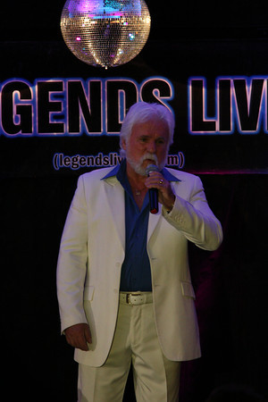 grant rayner as kenny rogers, empire entertainment, legends live