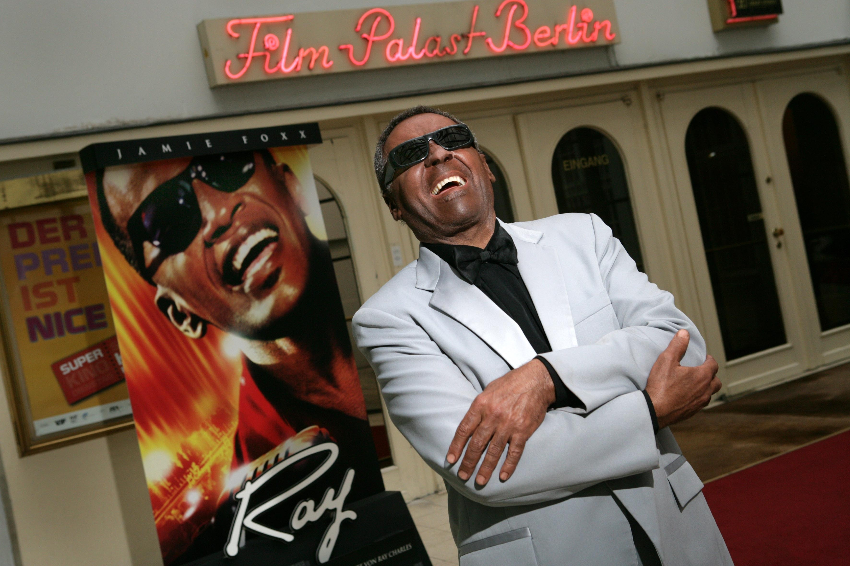 frank rondell as ray charles, empire entertainment, legends live