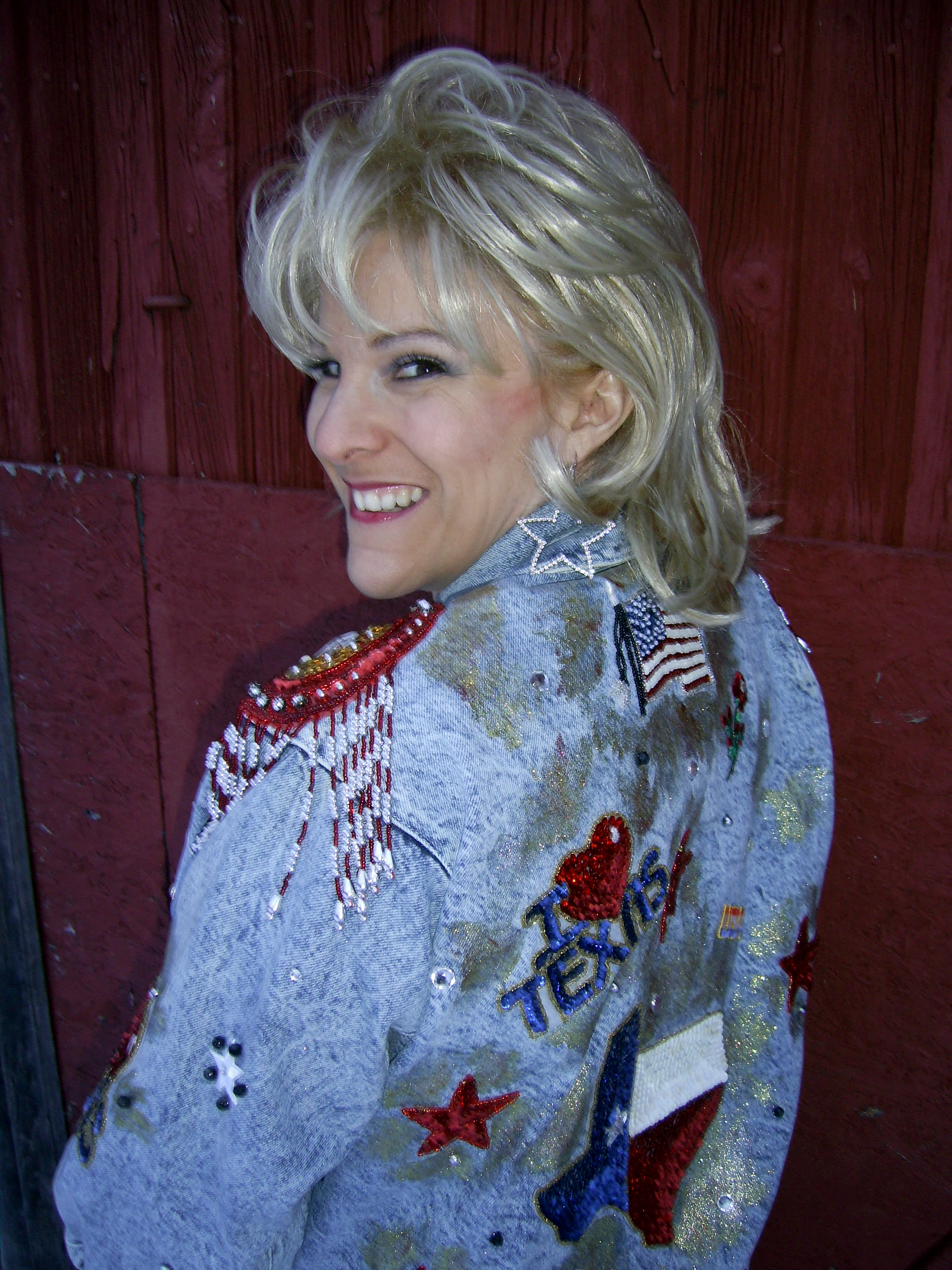 ria kujat as tanya tucker, empire entertainment, legends live